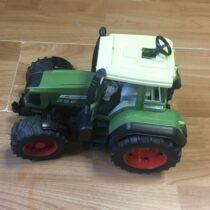 BRUDER Traktor Fendt Favorit 926