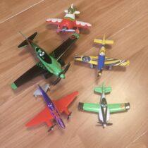 Set kovových letadel Planes