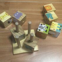 Dřevěné navlíkací kostky – ZOO, Tchibo